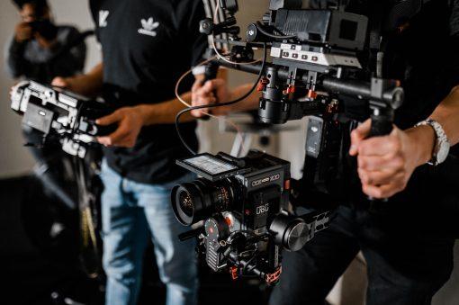 Bild zeigt RED Scarlet Kamera, die zu den Kosten eines Imagefilmes beiträgt